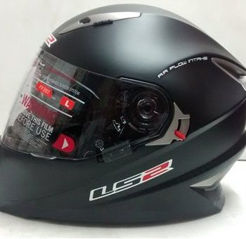 LS2 FF 302 Solid Matt Black Full Face Helmet 1