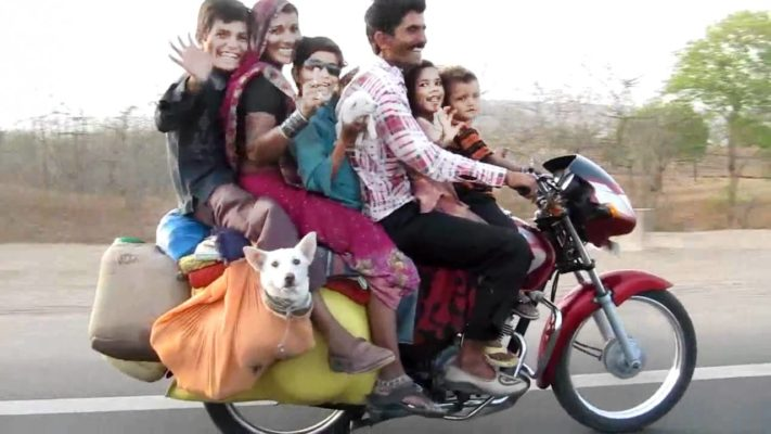 Commuting in India
