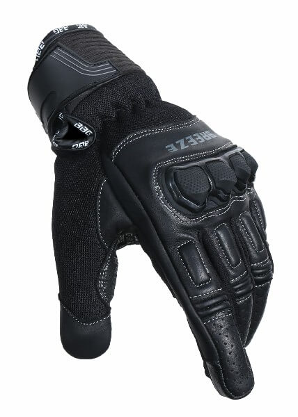 BBG Breeze Black Riding Gloves 1